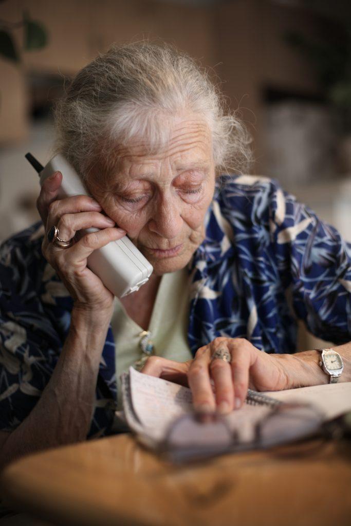 Senior woman talks on the phone